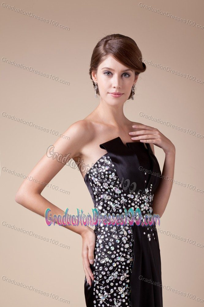 Strapless Beaded Black College Graduation Dresses with Brush Train