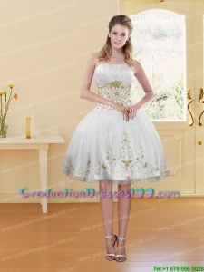 2015 Fashionable White Strapless Group Buying Graduation Dresses with Embroidery