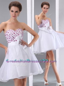 2016 Popular Sweetheart White Short Graduation Dresses with Beading