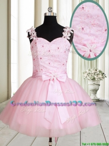 2017 New Applique Decorated Straps Baby Pink Short Graduation Dress with Beading and Bowknot