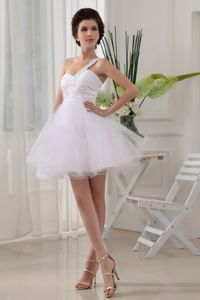 One Shoulder White Ruched Mini-length Graduation Dress in Organza