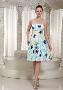 Printed Strapless Knee-Length Graduation Dresses For Middle School