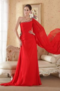 Cheap Watteau Train One Shoulder Red Senior Graduation Dress