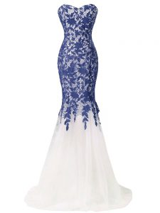 Low Price Lace and Appliques Graduation Dresses Blue And White Lace Up Sleeveless Brush Train