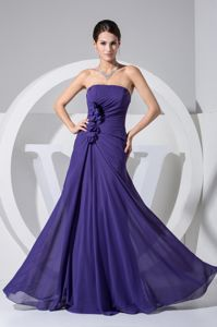 Hand Made Flowers Accent Strapless Graduation Dresses in Purple