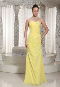 Sweetheart Yellow Beaded Floor-length Graduation Dresses For Girls