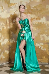 Green Sweetheart Brush Train Cute Graduation Dresses with Beading
