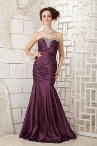 Sweetheart Taffeta Dark Purple Cute Graduation Dress with Beading