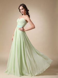 Sweetheart Chiffon Evening Dresses For Graduation in Yellow Green