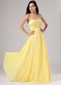 Sweetheart Yellow Beaded Full-length Graduation Ceremony Dresses