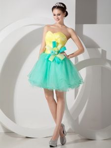 Sweetheart Green and Yellow Short Graduation Dresses with Flowers