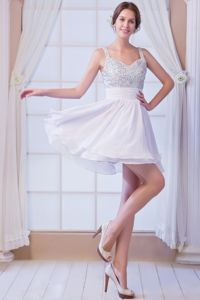 White Straps Beading Graduation Dresses for 8th Grade in Saguenay