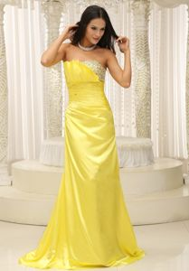 2013 Clearance Brush Train Yellow Beaded Grad Dresses under 150