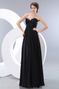 Black Long Evening Dress for Graduation with Beaded Sweetheart