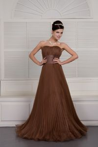 Sweetheart Ruched Graduation Dresses in Brown with Brush Train