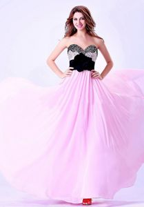 Pink and Black Sweetheart Beaded Grad Dresses with Hand Flower