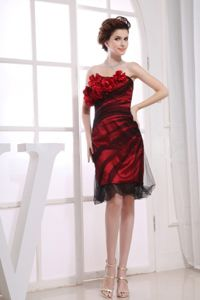 Strapless Tulle Knee-length Grad Dresses with Hand Flowers in Red