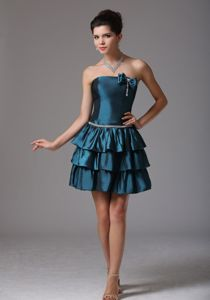 A-line Ruffled University Graduation Dresses with Bow and Beading