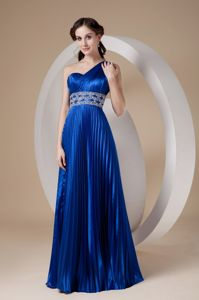 Single Shoulder Blue Pleat Graduation Dresses with Beading Waist