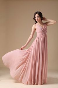 Pretty V-neck Chiffon Floor-length Graduation Dresses for 8th Grade