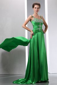 Best Watteau Train Beading Green Middle School Graduation Dress