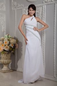 Pretty Single Shoulder White Beaded Long Junior Graduation Dress