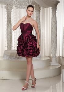 Burgundy Sweetheart Short Junior Graduation Dresses with Pick-ups