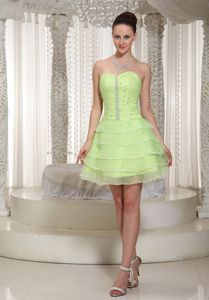 Yellow Green Sweetheart Short Junior Graduation Dress with Layers