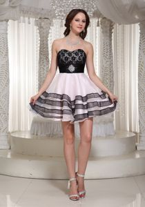Sweetheart Beaded Lace Short Grad Dress in Baby Pink and Black