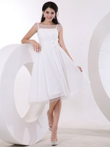 A-line Knee-length Cute Graduation Dress with Hand Made Flowers