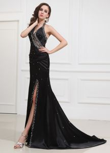 Beaded V-neck Tulle Senior Graduation Dress in Black with High Slit