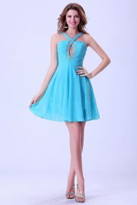 Lovely Beaded V-neck Aqua Blue Short Grad Dress with Key Hole