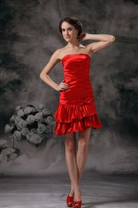 Strapless Red Short Middle School Graduation Dresses with Layers