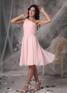 One Shoulder Baby Pink Ruched Middle School Graduation Dresses