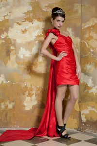 Red One Shoulder Taffeta College Grad Dresses with Watteau Train