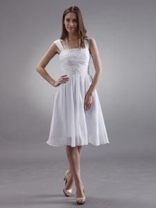 Appliqued White Straps Ruched Middle School Graduation Dresses
