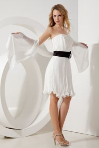 Affordable White Strapless Pleat Senior Graduation Dress with Belt