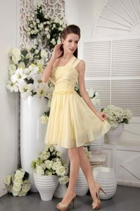One Shoulder Light Yellow Chiffon 5th Grade Graduation Dress with Pleats