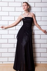 Fast Shipping Black Long Junior Graduation Dress with Single Strap