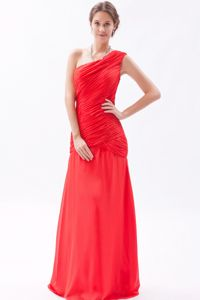 One Shoulder Ruched Red Long Graduation Dresses for 8th Grade