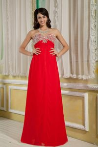 Sweetheart Chiffon Red University Graduation Dresses with Beading