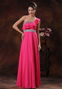 One Shoulder Coral Red Beaded Graduation Dresses For Girls
