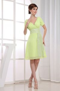V-neck Short Sleeves Yellow Green Short Graduation Dress Juniors