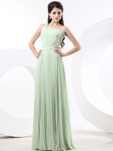 One Shoulder Apple Green Pleated Graduation Dress for College