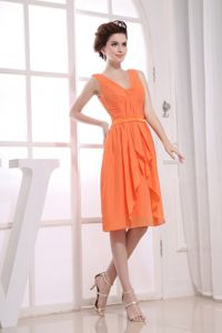 2013 Pretty V-neck Orange Short Graduation Dress for Juniors