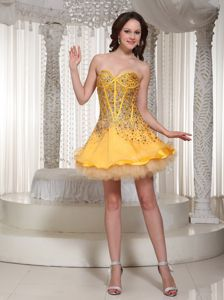 Gold Middle School Graduation Dresses with Beading in Sweetheart