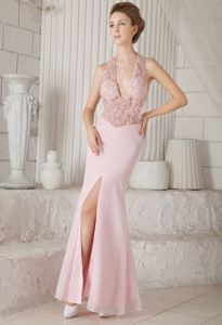 Pink V-neck Floor-length Chiffon Graduation Dress with Appliques