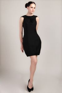 Bateau Black Ruched Short Graduation Dresses For Middle School