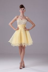 Pretty Beaded Sweetheart Yellow Short Graduation Dress with Sash