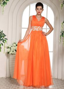Recommended Orange V-neck Graduation Dress with Beaded Waist